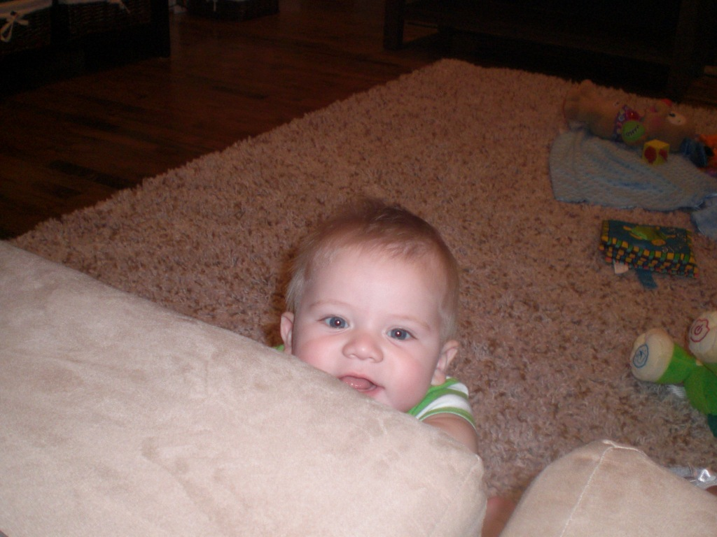 baby happy couch