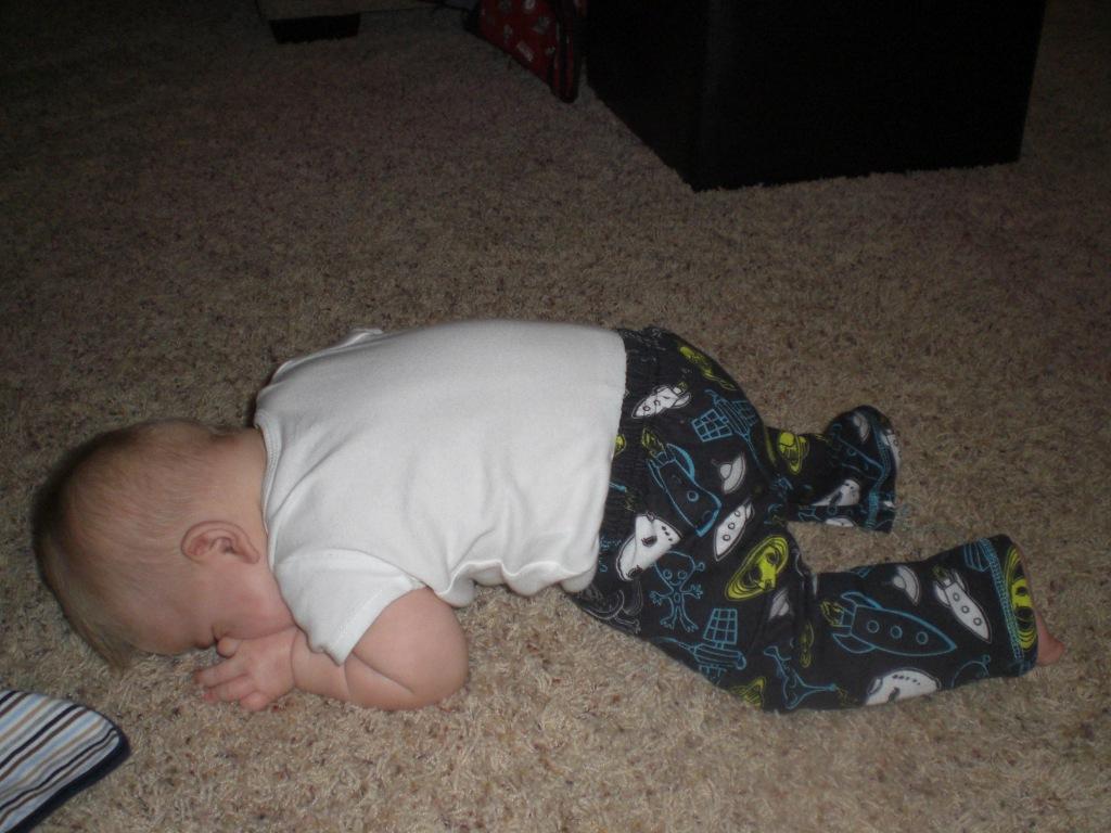 baby planking fad