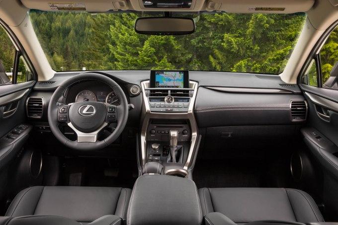 2015 Lexus NX 200t 010