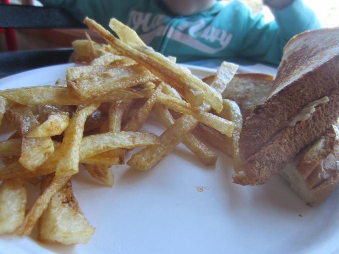 Family Friendly (Mommy) Blog: Pregnancy Hunger Cravings