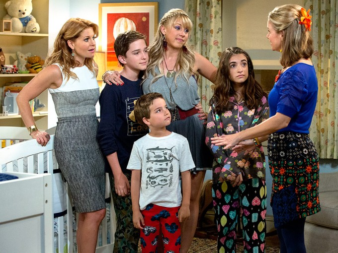 "Fuller House Recaps- S1: E2, ""Moving Day"""